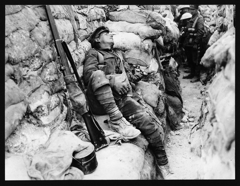 Soldier's-comrades-watching-him-as-he-sleeps-Thievpal-France-wwi