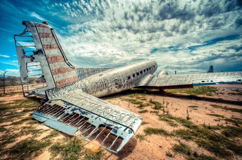 the boneyard project art on old planes (1)