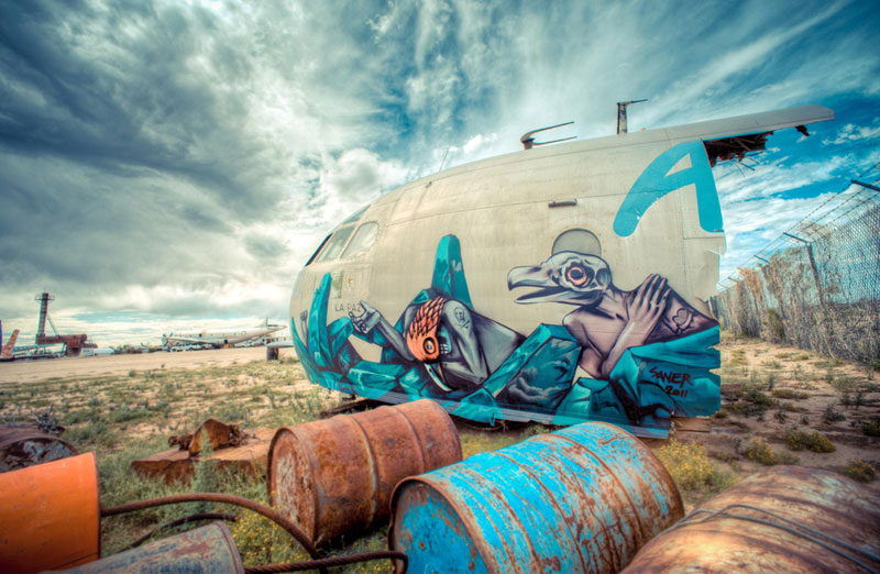 the boneyard project art on old planes (14)