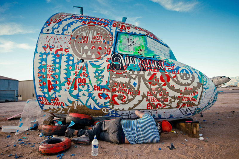 the boneyard project art on old planes (2)