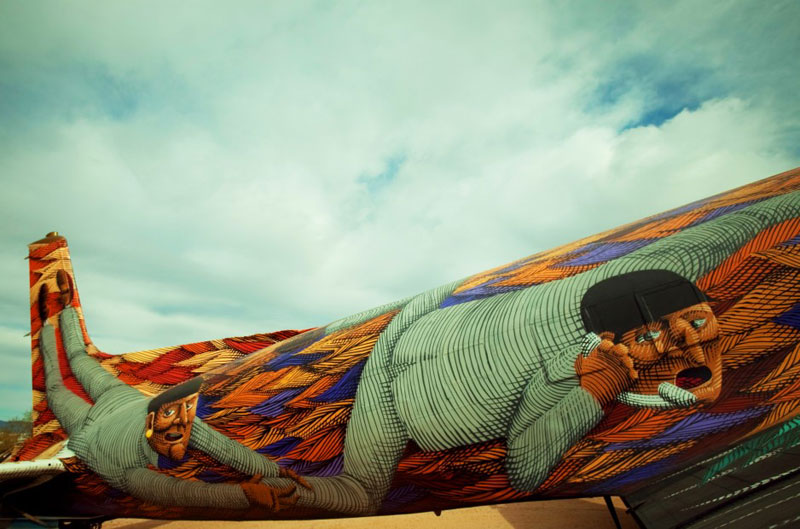 the boneyard project art on old planes (27)