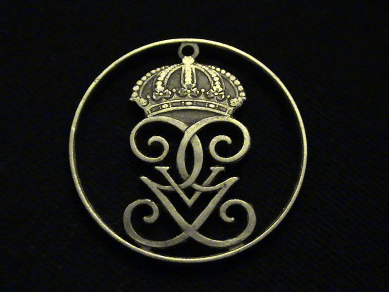 cut coin jewelry (1)