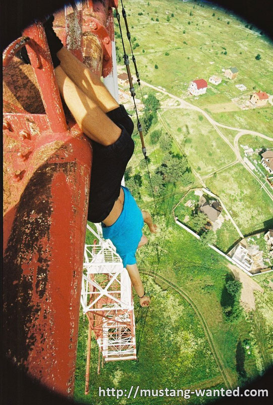 extreme rooftopping skywalking photos mustang-wanted russia (9)