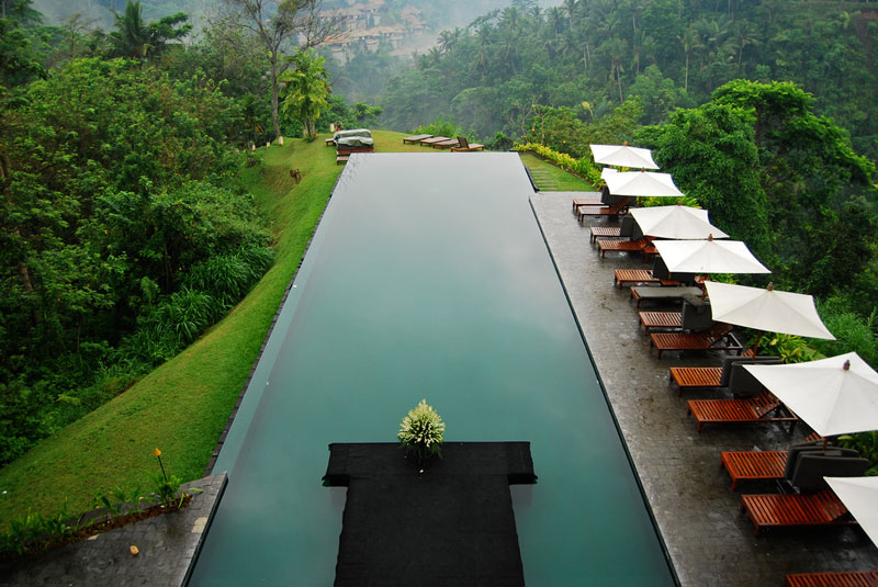 nicest infinity pool bali alila spa Picture of the Day: Tranquility in Bali