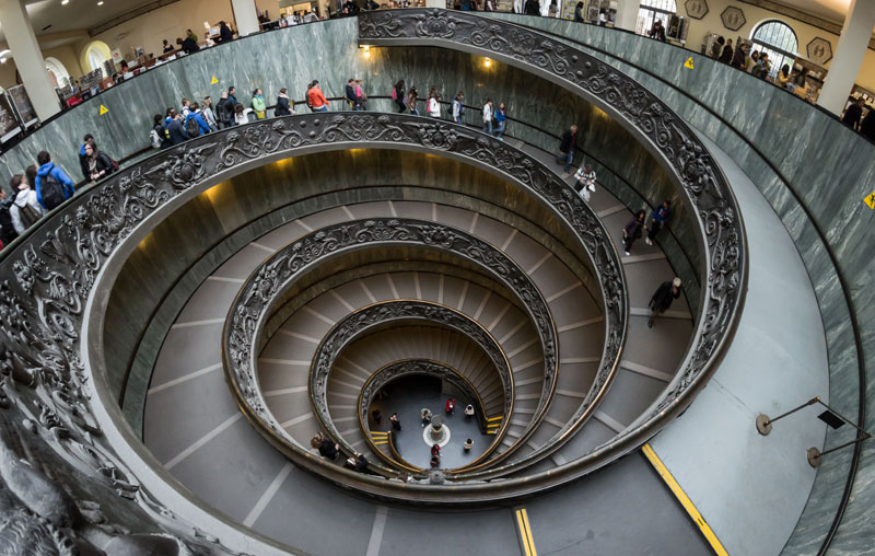 vatican museums spiral staircase giuseppe momo The Top 25 Pictures of the Day for 2013
