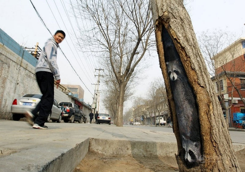 wang yue tree hole paintings (7)