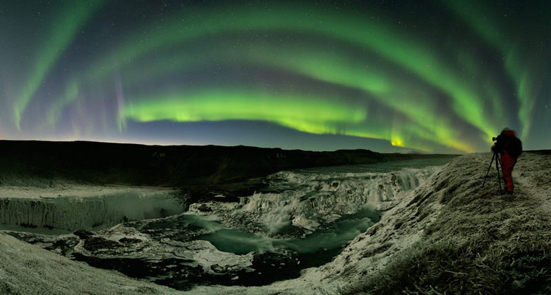 aurora over frozen gullfoss waterfalls iceland Picture of the Day: Northern Paradise