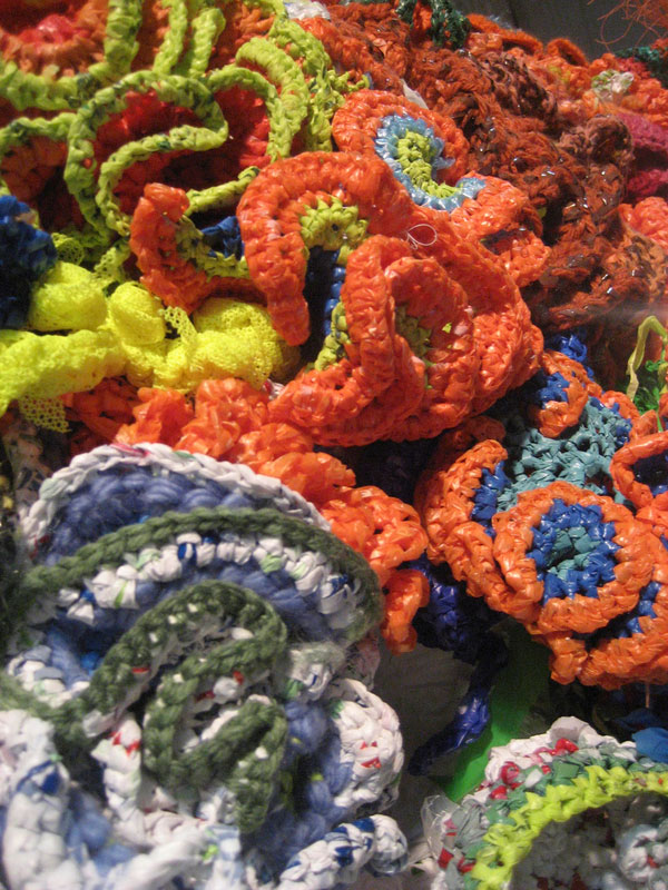 crocheted-coral-reefs-(1)