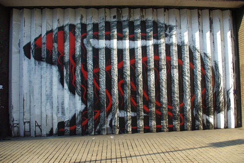 Lenticular Street Art by Roa