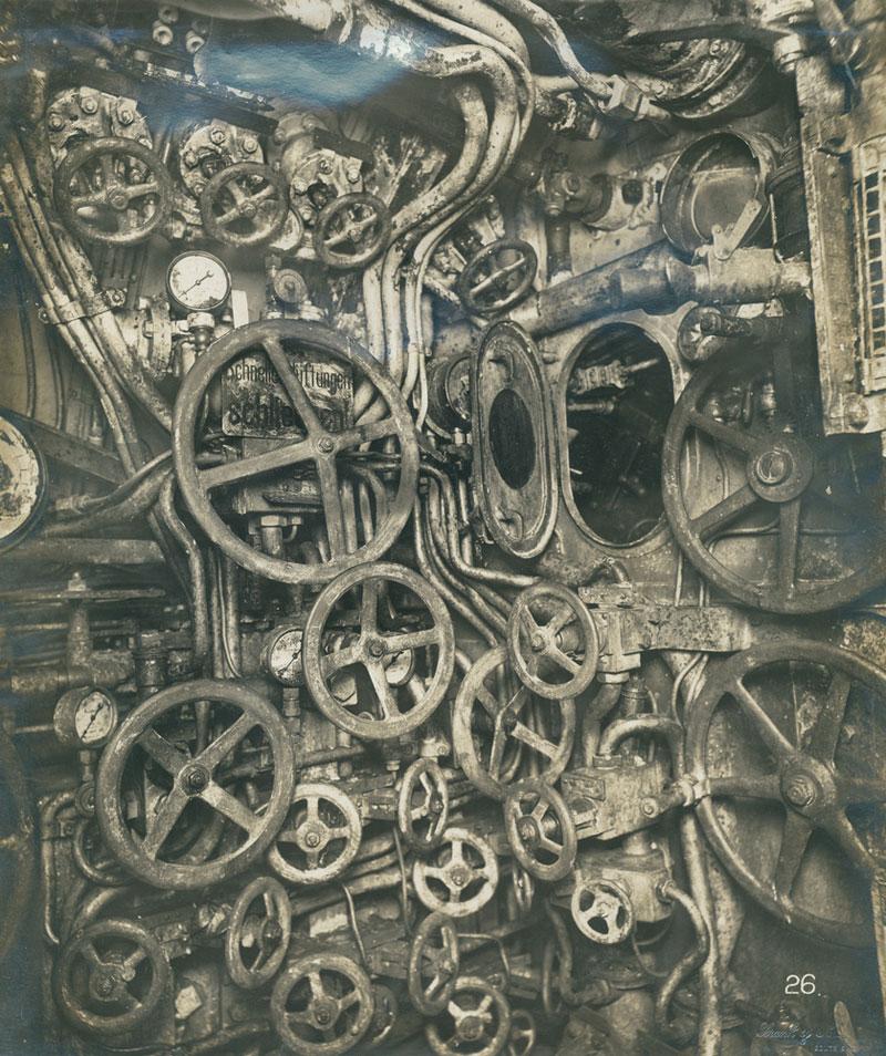 UB-110-control-room-German-Submarine-1918