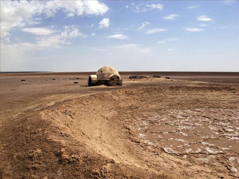 abandoned star wars tatooine movie set tunisia desert lars homestead  (3)