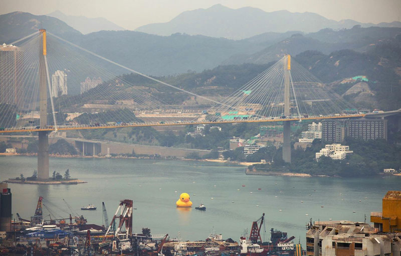 biggest inflatable duck in the world (1)