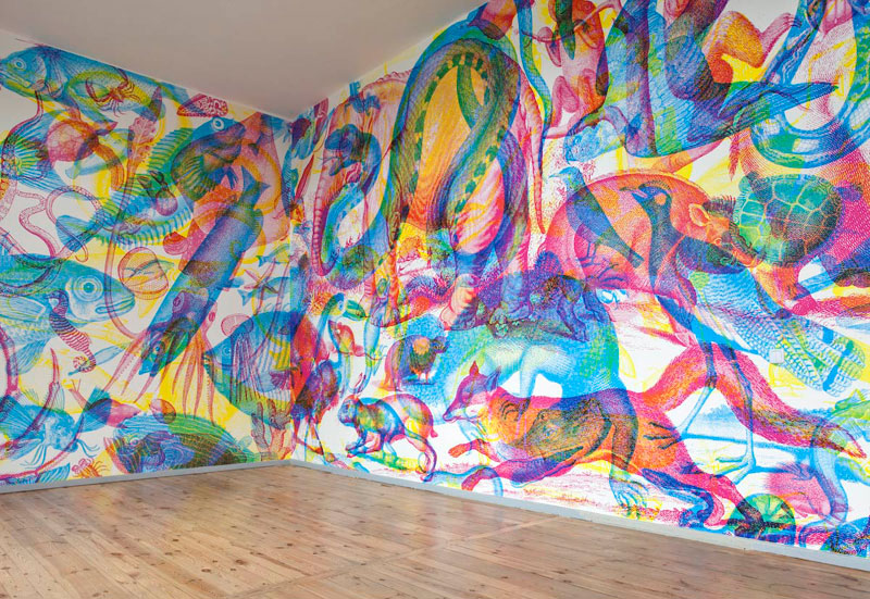 RGB Murals that Transform under Different Colored Lights