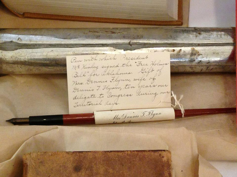 century-chest-oklahoma-100-year-old-time-capsule-contents-unveiled-(11)