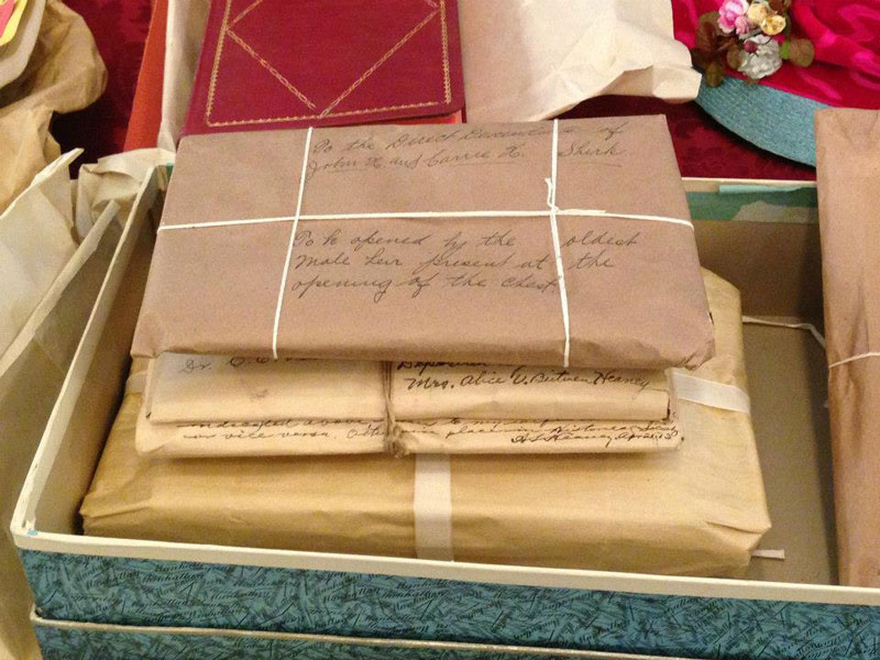 century-chest-oklahoma-100-year-old-time-capsule-contents-unveiled-(14)