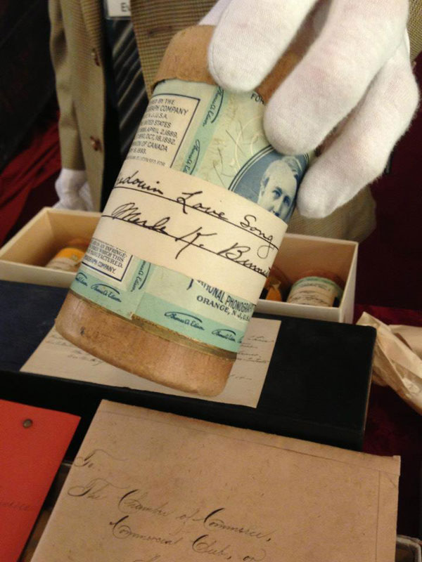 century-chest-oklahoma-100-year-old-time-capsule-contents-unveiled-(27)