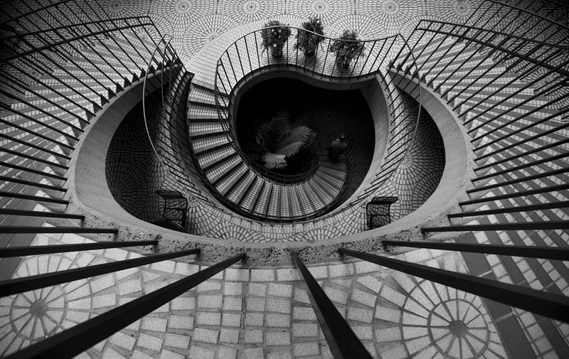 Embarcadero Center spiral stairs san francisco