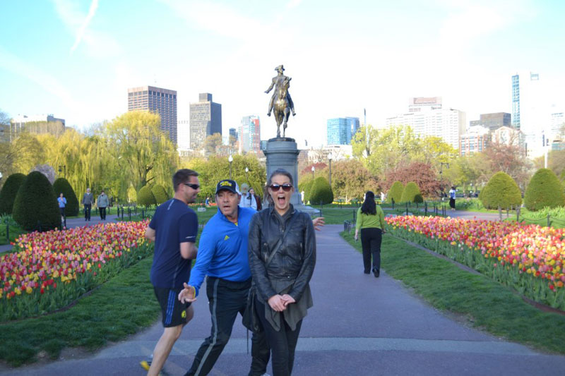 kevin spacey photobomb The Shirk Report   Volume 212