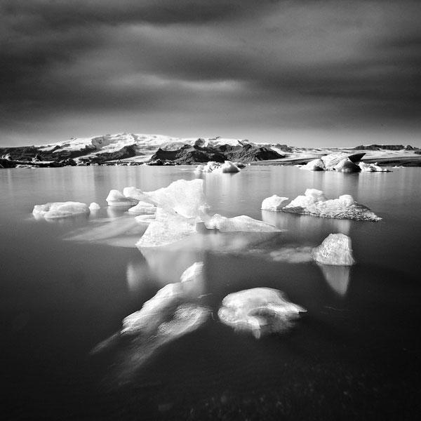 black and white photo tour of iceland peter zeglis (13)