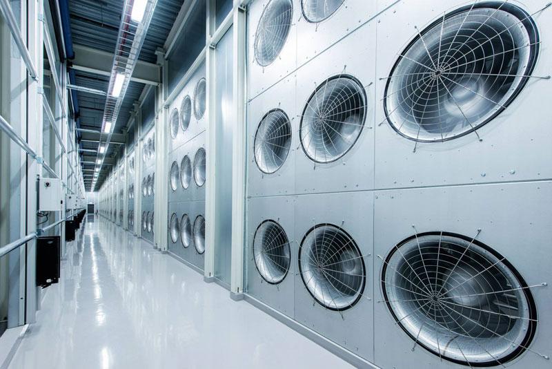 inside facebook data center lulea sweden (13)