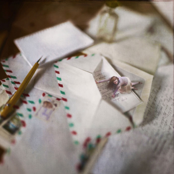 miniature world photo manipulations by fiddle oak zev nellie (7)