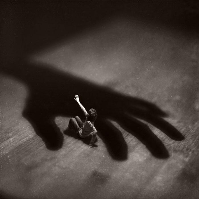 miniature world photo manipulations by fiddle oak zev nellie (8)