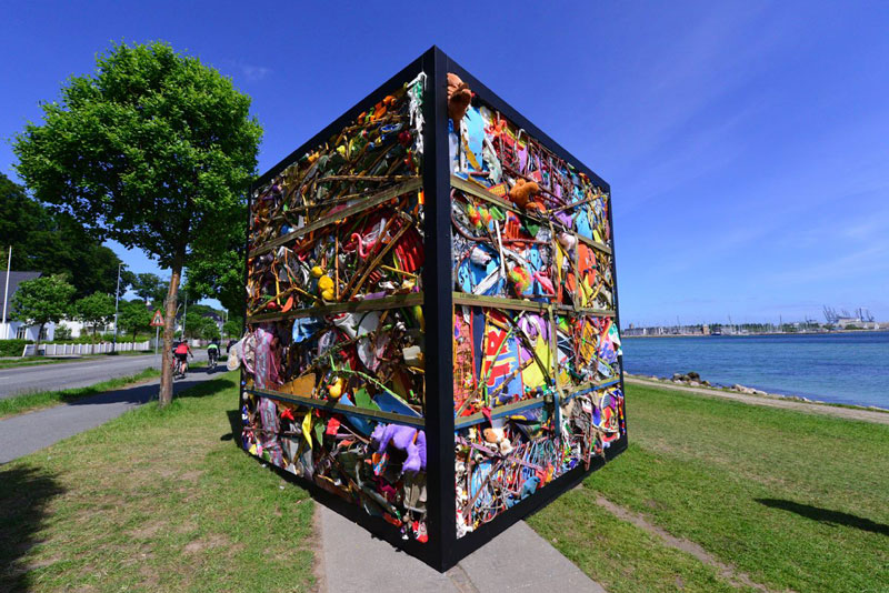 entire amusement park crushed into cube james dive glue society once sculpture by the sea denmark (6)