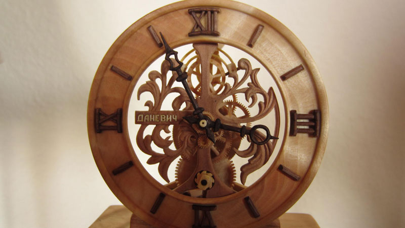 functional watches made out of wood by Valerii Danevych (14)