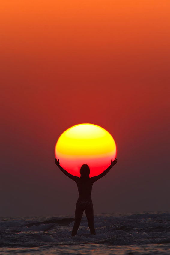 Picture of the Day: Praise the Sun
