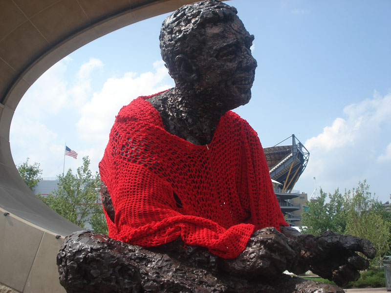 mr rogers statue in pittsburgh crocheted red cardigan sweater alicia kachmar (2)