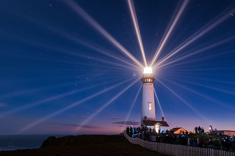 pigeon point lighthouse at night Picture of the Day: Pigeon Point Lighthouse