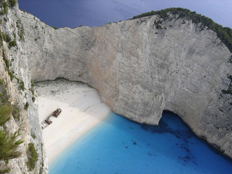 shipwreck beach navagio zakynthos greece Picture of the Day: Shipwreck Beach
