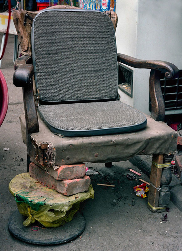 homemade chairs on the streets of china michael wolf (8)