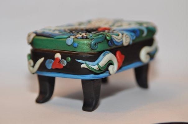 mini clay artworks on altoid tins (1)