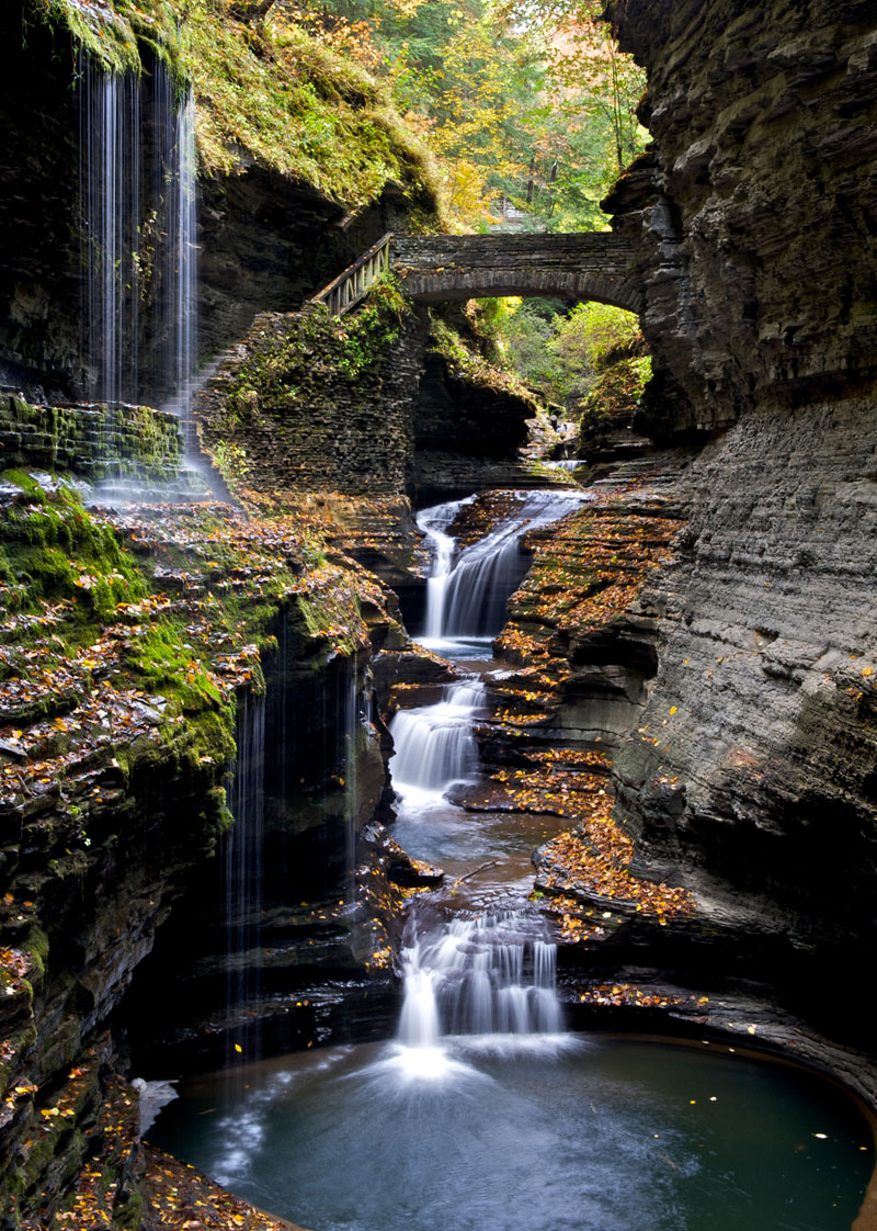 watkins glen gorge rainbow bridge new york Picture of the Day: The Gorge at Watkins Glen