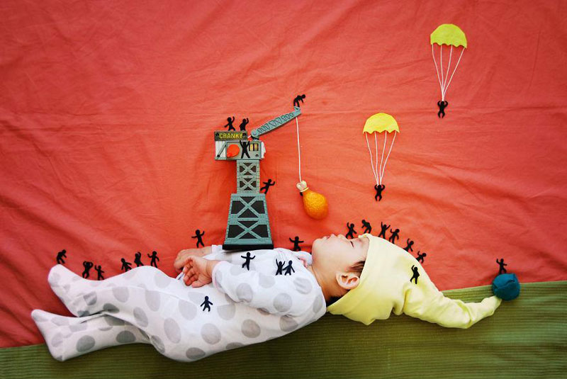 artist-queenie-liao-turns-nap-time-into-adventure-for-baby-son (6)