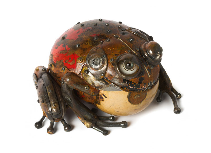 insects and animals made from scrap metal and bike parts edouard martinet (1)