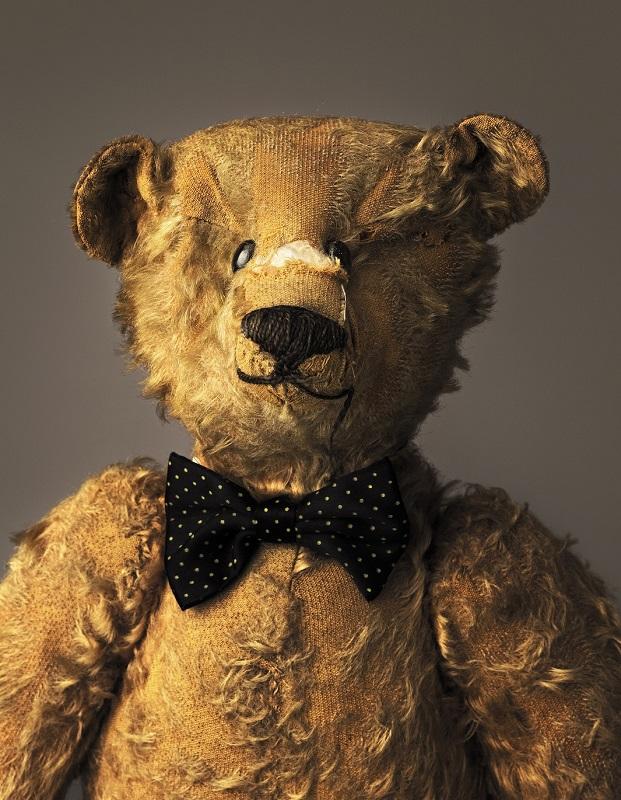 much loved teddy bears and stuffed animals mark nixon (3)