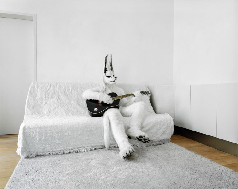 portraits of cosplayers at home by klaus pichler (10)