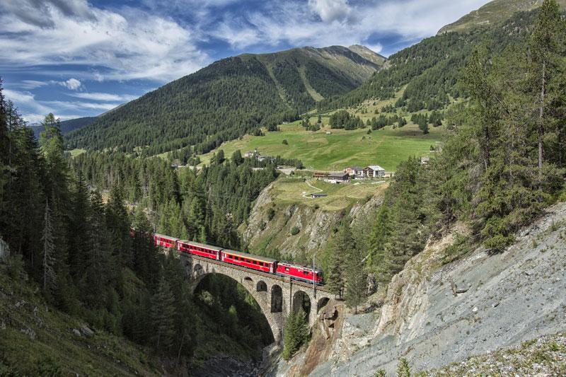 Rhaetian Railways Albula Bernina Landscapes unesco world heritage (2)