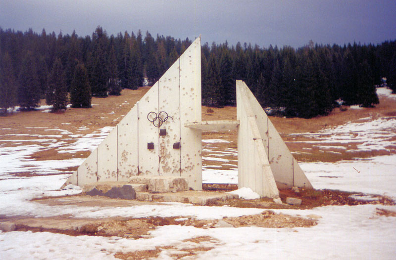sarajevo 84 winter olympics abandoned bobsleigh luge track bosnia-herzegovina (1)