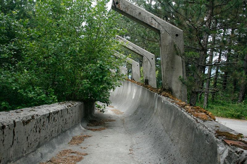 sarajevo 84 winter olympics abandoned bobsleigh luge track bosnia-herzegovina (7)