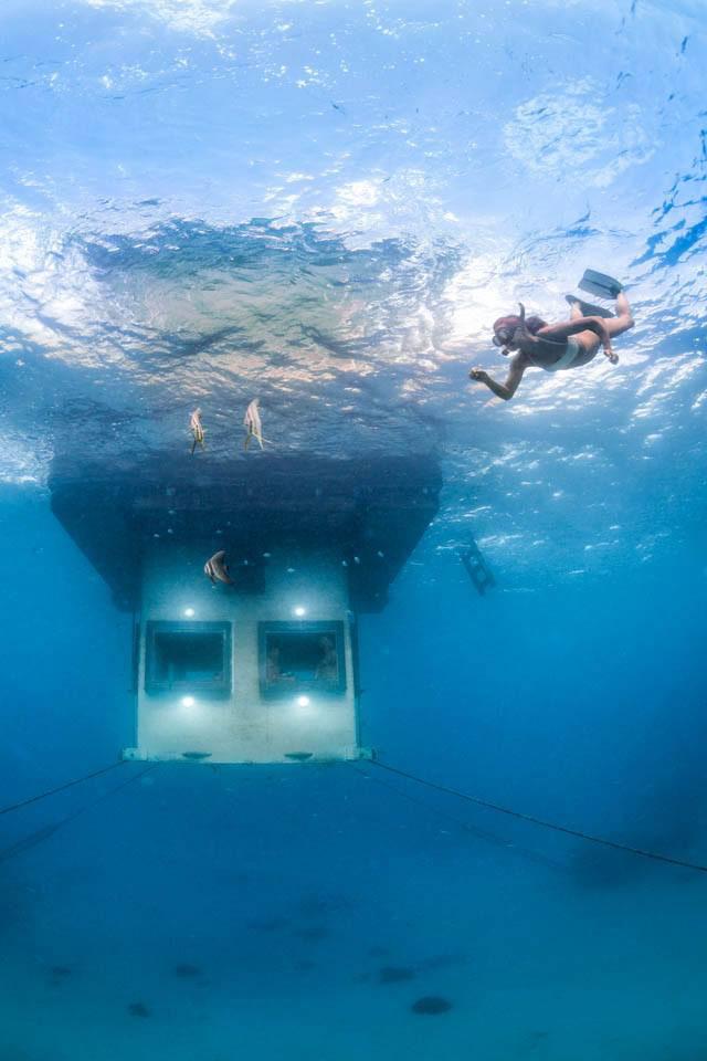 underwater hotel room pemba island tanzania africa (1)