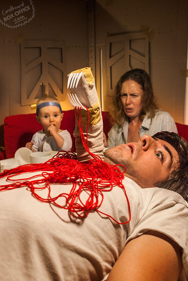 alien Parents Recreate Movie Scenes with baby Son and cardboard