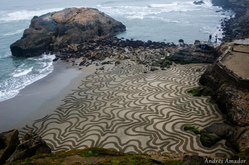 beach sand art with a by rake andres amador (7)