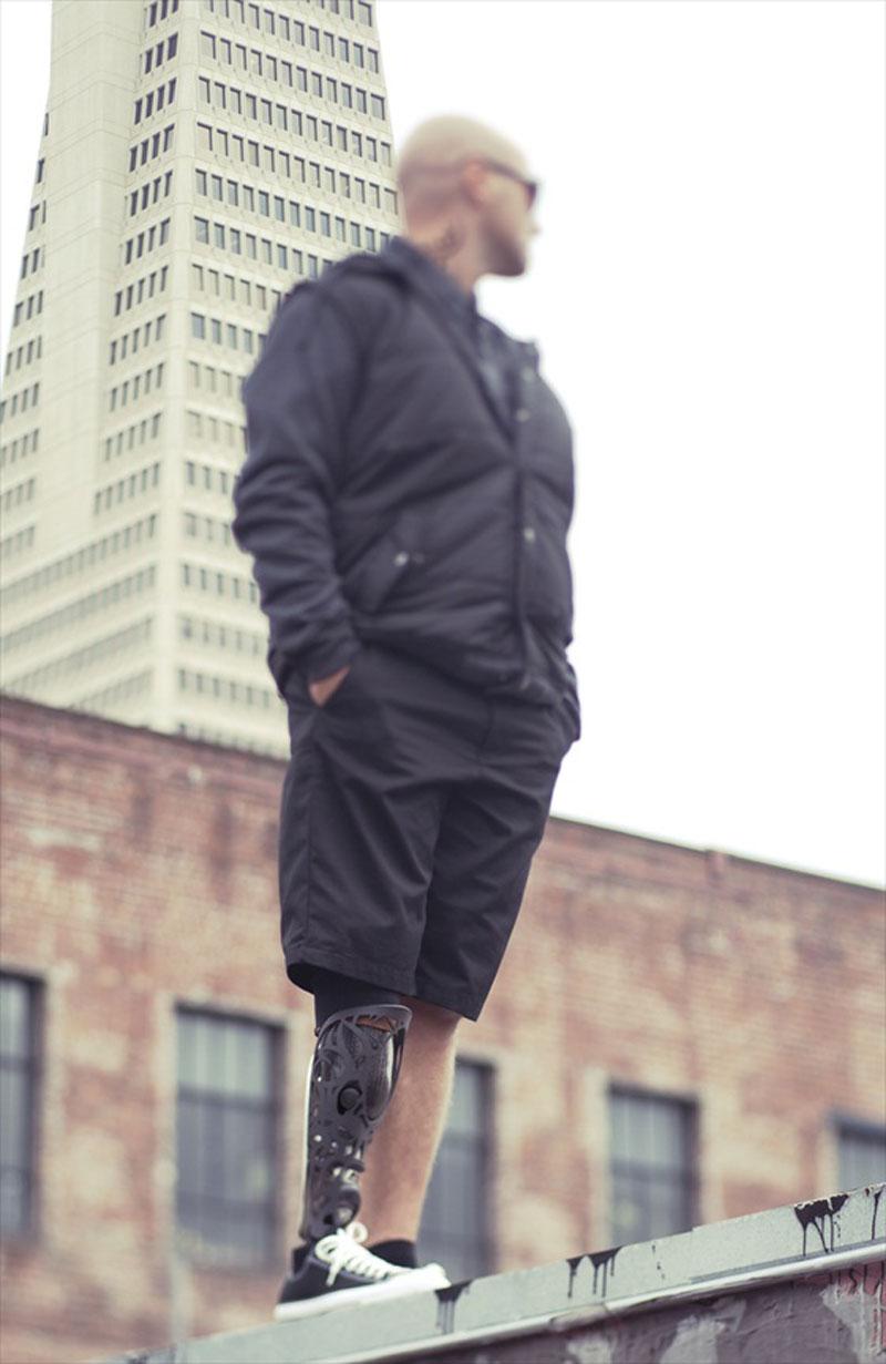 bespoke-innovations-custom-artistic-prosthetic-leg-designs-(15)