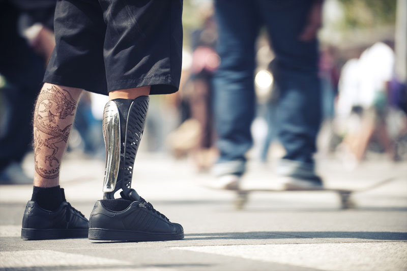 bespoke innovations custom artistic prosthetic leg designs (8)