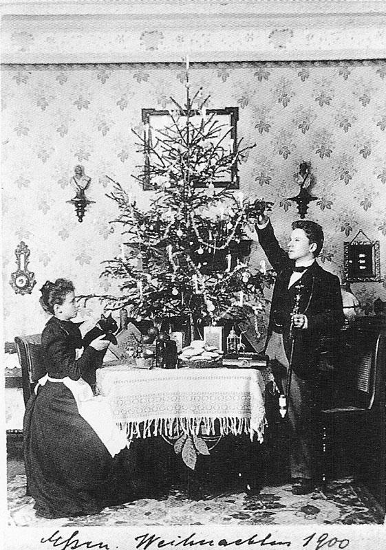 Wagner-1900-vintage-christmas-card-portraits