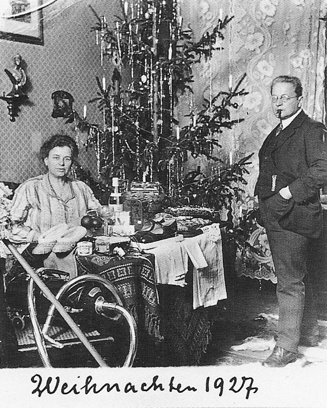 Wagner-1927-vintage-christmas-card-portraits
