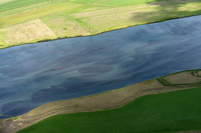 aerial photos of iceland look like absract paintings by andre ermolaev (2)